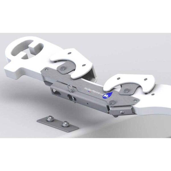 h2o-davit-closeup-mount